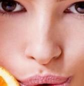 Οι βιταμίνες και η σχέση τους με την επιδερμίδα και την ομορφιά του προσώπου