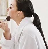 10 λάθη στο μακιγιάζ που… προσθέτουν χρόνια