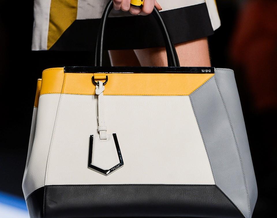 Χρώμα…… πολύ χρώμα στις τσάντες!!!!!!!!!!!!