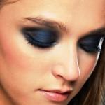 Χρωματιστές σκιές για το καλοκαιρινό μακιγιάζ σας