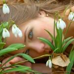 Φτιάξε μόνη σου το καλύτερο σαμπουάν με βότανα για να λάμπουν από υγεία και ομορφιά τα μαλλιά σου