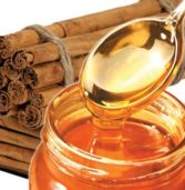 Πείτε αντίο στις ρυτίδες με μέλι και κανέλα.
