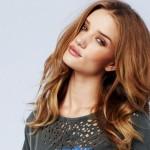 Ολόισια μαλλιά: Πώς να τα πετύχεις και τι θα χρειαστείς!