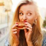 Ήξερες πως η καλή διάθεση σε παχαίνει;