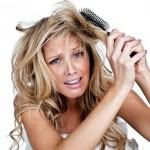 9 φυσικές συνταγές για μαλλιά που φριζάρουν