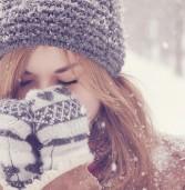 Γάντια, κασκόλ, σκούφοι: Τα αξεσουάρ του χειμώνα που χρειάζεσαι οπωσδήποτε