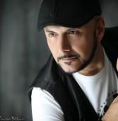 Αποκλειστική συνέντευξη: Χρήστος Σαρλάνης ,o τραγουδιστής με τη γνήσια λαϊκή φωνή !