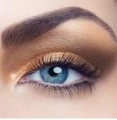 Ποιες σκιές ματιών ταιριάζουν στις Ελληνίδες: Mυστικά και tips!