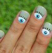 Το απόλυτο trend: Έτσι θα βάψεις τα νύχια σου