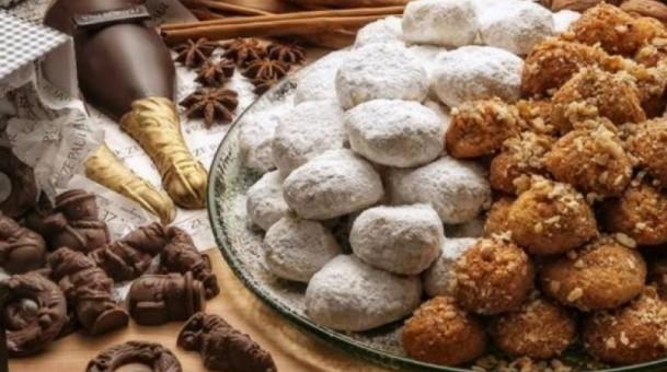 Πόσες θερμίδες και λιπαρά έχουν τα γλυκά των Χριστουγέννων;