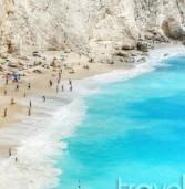 Το κορυφαίο περιοδικό Cοnde Nast παραληρεί με 8 ελληνικές παραλίες! Μάθετε ποιες!