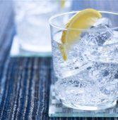 3 ροφήματα που βοηθούν περισσότερο από το νερό με λεμόνι στο αδυνάτισμα.