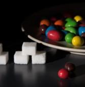Δείτε σε εικόνες πόση ζάχαρη περιέχουν τα τρόφιμα που καταναλώνουμε καθημερινά.