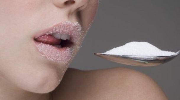 Η ζάχαρη καταστρέφει τα κύτταρα του εγκεφάλου.