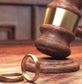8 Πρώην Ζευγάρια Δίνουν Συμβουλές για να Πετύχει ο Δικός σας Γάμος (όλα όσα Έμαθαν από το Διαζύγιό τους)