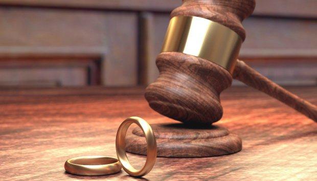 8 Πρώην Ζευγάρια Δίνουν Συμβουλές για να Πετύχει ο Δικός σας Γάμος