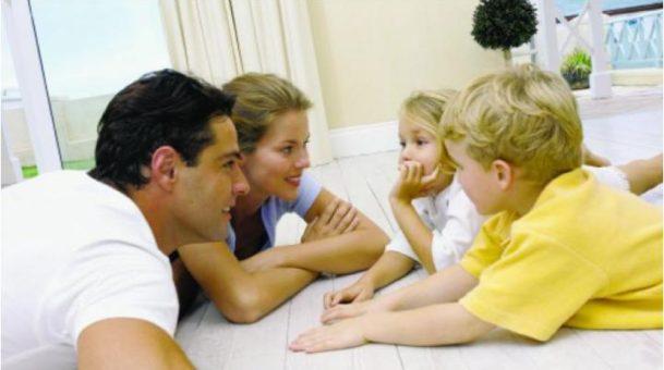 Ενσυναίσθηση: Η βασική αρετή που κάθε γονιός πρέπει να αναπτύξει.