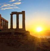 Τα οκτώ πιο δημοφιλή μέρη της Ελλάδας για τους τουρίστες