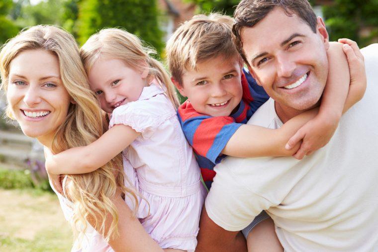 ευτυχισμένη-οικογένεια-760x507