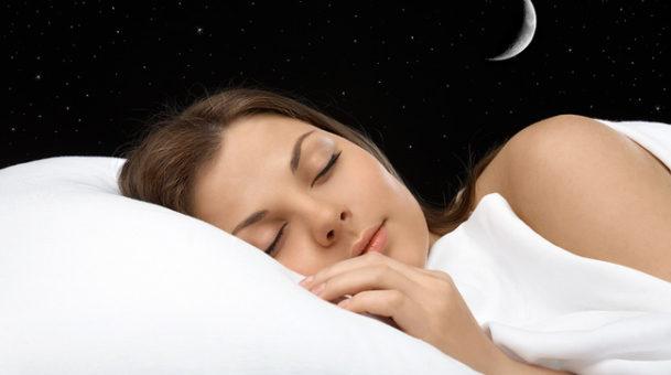 7 beauty tips πριν κοιμηθείς, για να είσαι κούκλα το επόμενο πρωί!