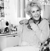 """Ζωή Λάσκαρη: H τελευταία συνέντευξη της """"Ζωίτσας"""" στην """"Καθημερινή"""" το 2014."""