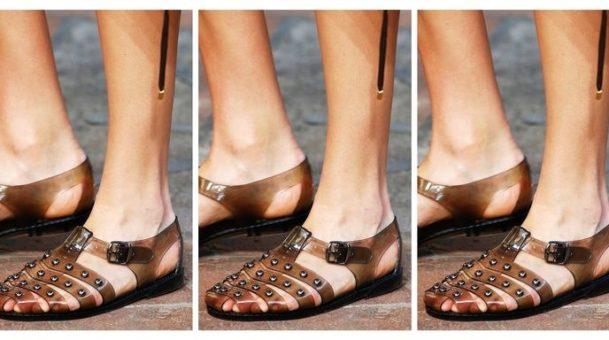 Τα gel επίπεδα παπούτσια της δεκαετίας του '90 επιστρέφουν στο Μιλάνο.(Photos)