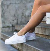 9 τύποι φορεμάτων που μπορείς να τα συνδυάσεις με τα sneakers σου!