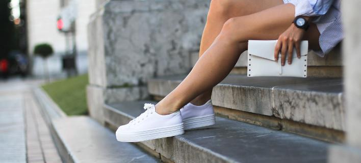 white-sneakers-708