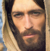 Δείτε πώς είναι σήμερα ο «Ιησούς από τη Ναζαρέτ».(Photos)