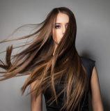 Αυτό είναι το πιο απλό tip για να μυρίζουν πάντα τέλεια τα μαλλιά σου!