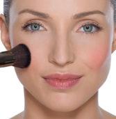 Ρουζ: Αυτά είναι τα  3 tips για το καλοκαιρινό μακιγιάζ σου!
