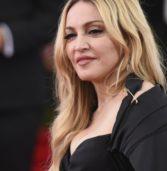 H Madonna φωτογραφίζεται για το εξώφυλλο της ιταλικής Vogue