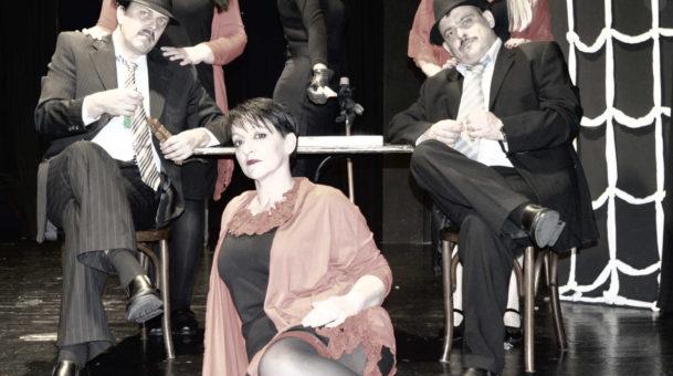 «ΒΛΕΠΕ ΚΑΙ ΦΕΥΓΑ» της Ιωάννας Μαστοράκη σε σκηνοθεσία Θανάση Σάλτα στο Θέατρο της Ημέρας.