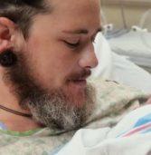 Άνδρας στο Τέξας έγινε πατέρας γεννώντας το παιδί του . (Video)